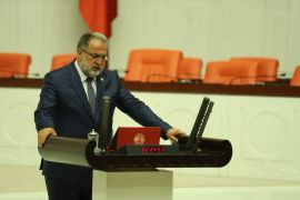 """AK Parti'li Gülaçar: """"Çanakkale'de ümmet vardı"""""""
