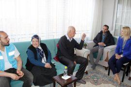 Van Büyükşehir Belediyesinden yaşlıları sevindiren ziyaret