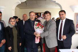AK Parti'lilerden Başkan Arvas'a ziyaret