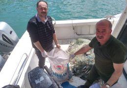 İpekyolu ilçesinde kaçak avlanmış 100 kilo inci kefali ile 200 metre misina ağ ele geçirildi