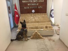 Rexo'nun da katıldığı aramada 155 kilo eroin ele geçirildi