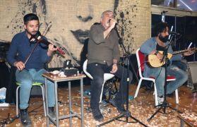 Van'da Cevdet Bağca konseri