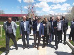 AK Parti'li Kartal'ın Van temasları