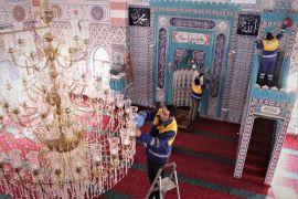 Tuşba Belediyesinden 'Gül Kokulu Camiler' projesi