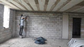 Çaldıran Belediyesinden cami yapımı için teknik personel desteği