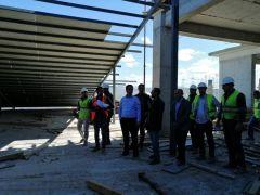 Kaymakam Dundar, hastane inşaatında incelemelerde bulundu
