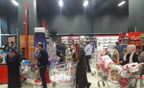 Ranss marketlerinde bayram yoğunluğu