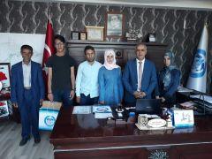 Başkan Ensari, başarılı öğrencileri ödüllendirdi