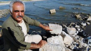 Erciş'te 900 yıllık Oğuz tamgalı taş bulundu