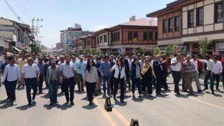 Erciş Belediyesinden 3 cadde açılışı