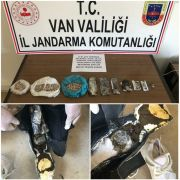 İran uyruklu yolcunun ayakkabı tabanından uyuşturucu madde çıktı