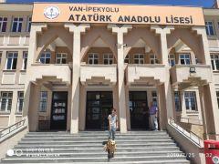 Van Atatürk Anadolu Lisesinden Örnek Davranış