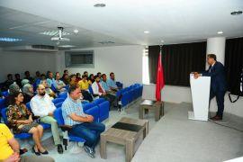"""Van YYÜ'de """"15 Temmuz Milli Birlik Ruhu ve Vatan"""" konulu konferans"""