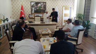 Azerbaycanlı papazlar, müftü vekilini ziyaret etti