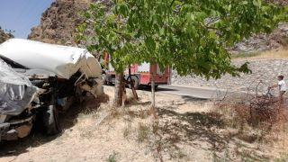 Çatak'ta trafik kazası; 1 yaralı
