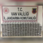 Erciş'te bin 580 paket kaçak sigara ele geçirildi
