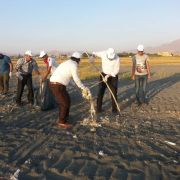 Mahalleliden fidanlık sahili temizliği
