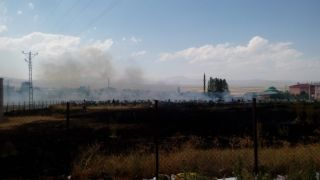 Saray ilçesinde mezarlık yangını