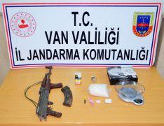 Silah ve uyuşturucu operasyonu