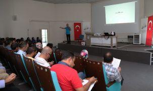 """Van Büyükşehir Belediyesi personeline """"Etkili iletişim ve motivasyon"""" semineri"""