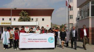 Van'da 'Dünya Yürüyüş Günü' etkinliği