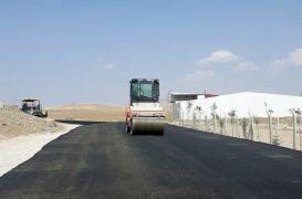 Van'da yol genişletme ve asfalt çalışması