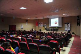 """Van YYÜ'de """"3. Uluslararası Doğal Afetler ve Afet Yönetimi"""" sempozyumu"""