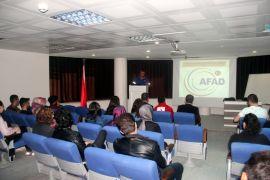 """Van YYÜ'de """"Temel Afet Bilinci ve Deprem Eğitimi"""" semineri"""
