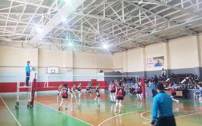 Büyükşehir Belediyesi Kadın Voleybol takımı emin adımlarla yoluna devam ediyor