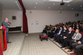 Çatak'ta 'Peygamberimiz ve Aile' konulu konferans