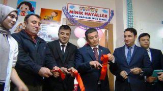 'Minik Hayaller Çocuk Mağazası'nın ilk şubesi Erciş'te açıldı