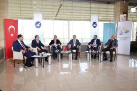 TRT Kurdi Van YYÜ'de canlı yayın yaptı
