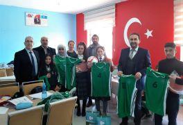 Edremit Belediyesinin sosyal belediyecilik çalışmaları sürüyor
