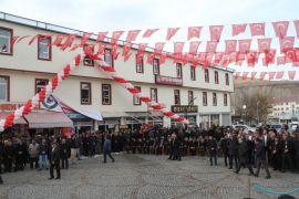Gevaş'ta 300 kişinin istihdam edildiği fabrika törenle açıldı