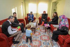 Vali Bilmez'den Pakistanlı aileye ziyaret
