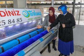 Vali Bilmez'in eşinden girişimcilere ziyaret