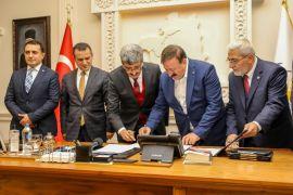 Van Büyükşehir Belediyesinde 'Sosyal Denge Tazminatı' imzalandı