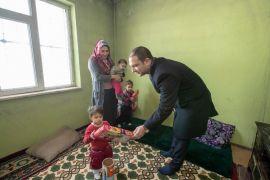 Başkan Vekili Aslan'dan muhtaç aileye destek