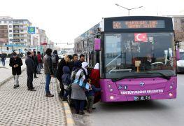 Van'da üniversite öğrencilerine ücretsiz taşımacılık hizmeti