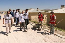 Edremit Belediyesi kilitli parke taşı çalışmalarına start verdi