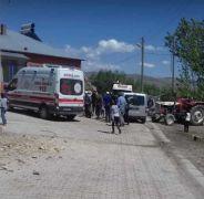 Özalp depreminde evler hasar gördü