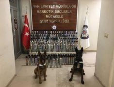 Van'da basınçlı metal köpük kutusunda 113 kilo eroin ele geçirildi