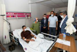 Vali Bilmez'den yaralı güvenlik güçlerine ziyaret