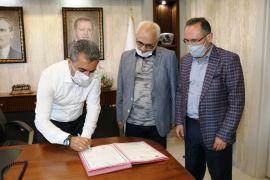 Edremit'te 'Kardeş Belediye' protokolü imzalandı