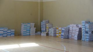 Erciş'te öğrenciler ücretsiz dağıtılan okul kitaplarına kavuştu