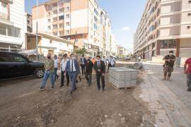 Kaymakam Aslan, Kavazoğlu Sokak'ta incelemelerde bulundu
