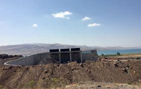 Özalp ve Muradiye'de çöp transfer istasyonlarının yapımı sürüyor