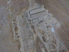 (Özel) Urartular'a ait 2 bin 750 yıllık tahıl ambarları koruma altına alınıyor