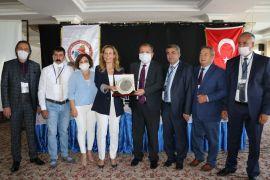 Türkiye'nin Berberler Kuaförler ve Güzellik Salonu başkanları Van'da bir araya geldi