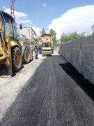Tuşba'da asfalt,  yama ve onarım çalışmaları aralıksız devam ediyor